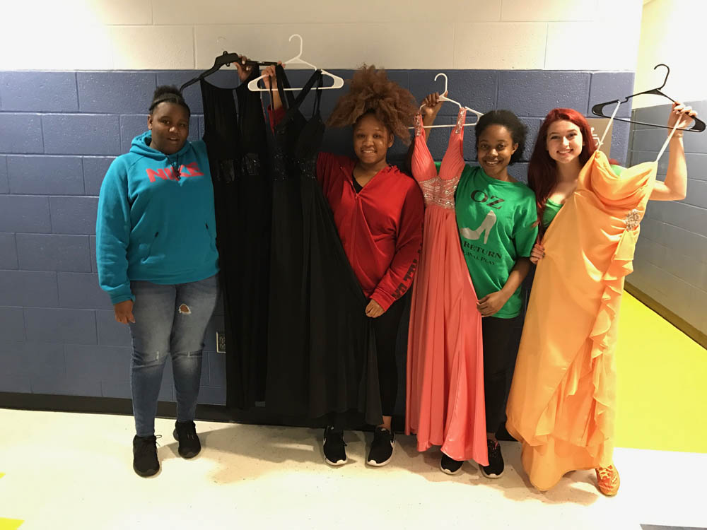 Kyle Busch Foundation\'s Prom Dresses Hit the Road - Kyle Busch ...